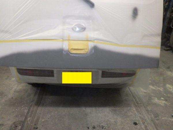 ダイハツ ハイゼットカーゴ H19 S331V S330V バックドア 腐食 穴 鈑金 新潟市 南区