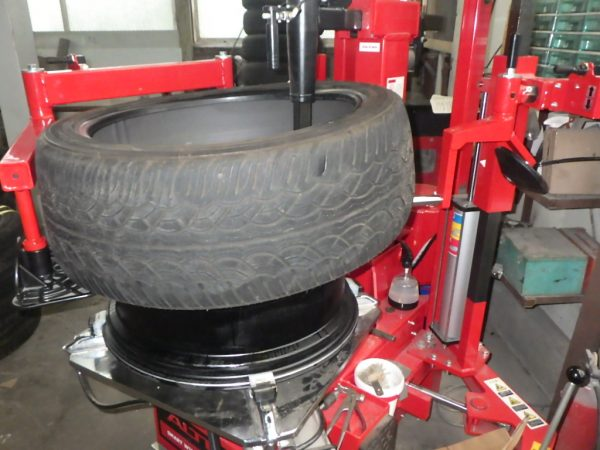 レクサス RX450h タイヤ 組替 22インチ NEWタイヤチェンジャー 新潟市 南区