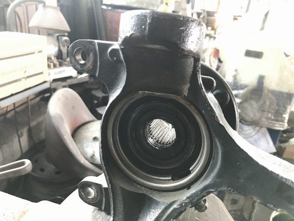 ホンダ オデッセイ RB3 ステアリング ナックル ロアアーム ボールジョイント 新潟市 南区 整備 修理